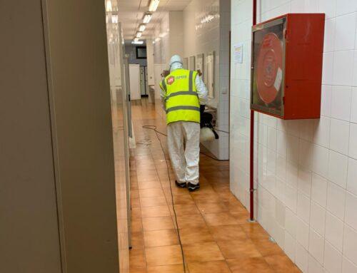 Limpieza y desinfección de las superficies y espacios de trabajo